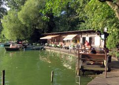 fischerpinte-boathouse-ploetzensee-berlin