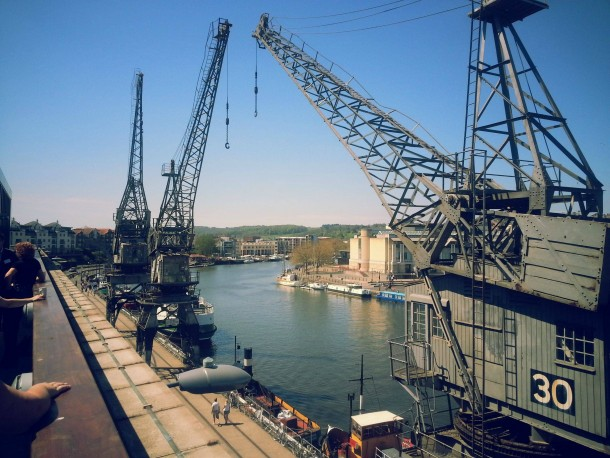 old-cranes-at-the-harbour-bristol-uk--19727