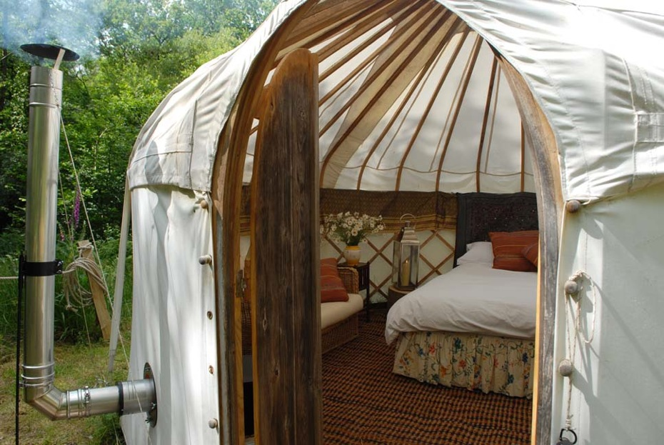 crafty-camping-poppet-the-yurt
