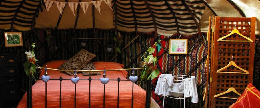 yurt-holiday