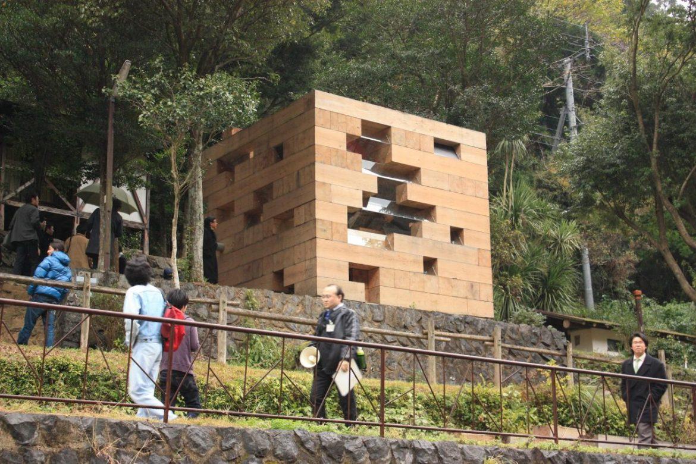 smallhousebliss-sou-fujimoto-final-wooden-house-photo-by-kenta-mabuchi4