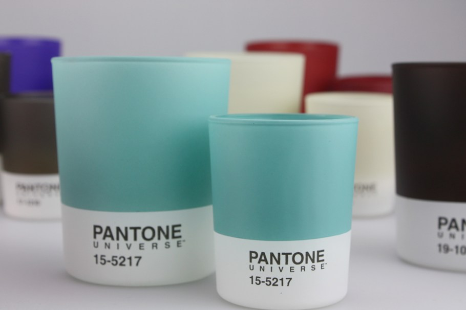 ah-the-sweet-smell-of-design-pantone-candles-o