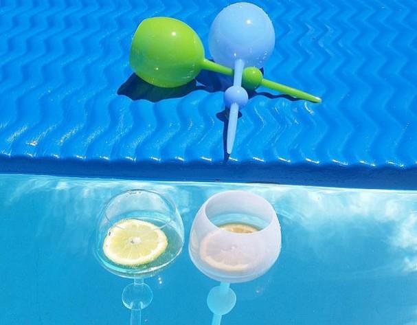 drijvende-wijnglazen-beach-glass-607x473