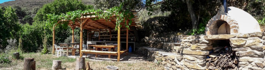 tinos-ecolodge-commercial-2017_3-1600x428