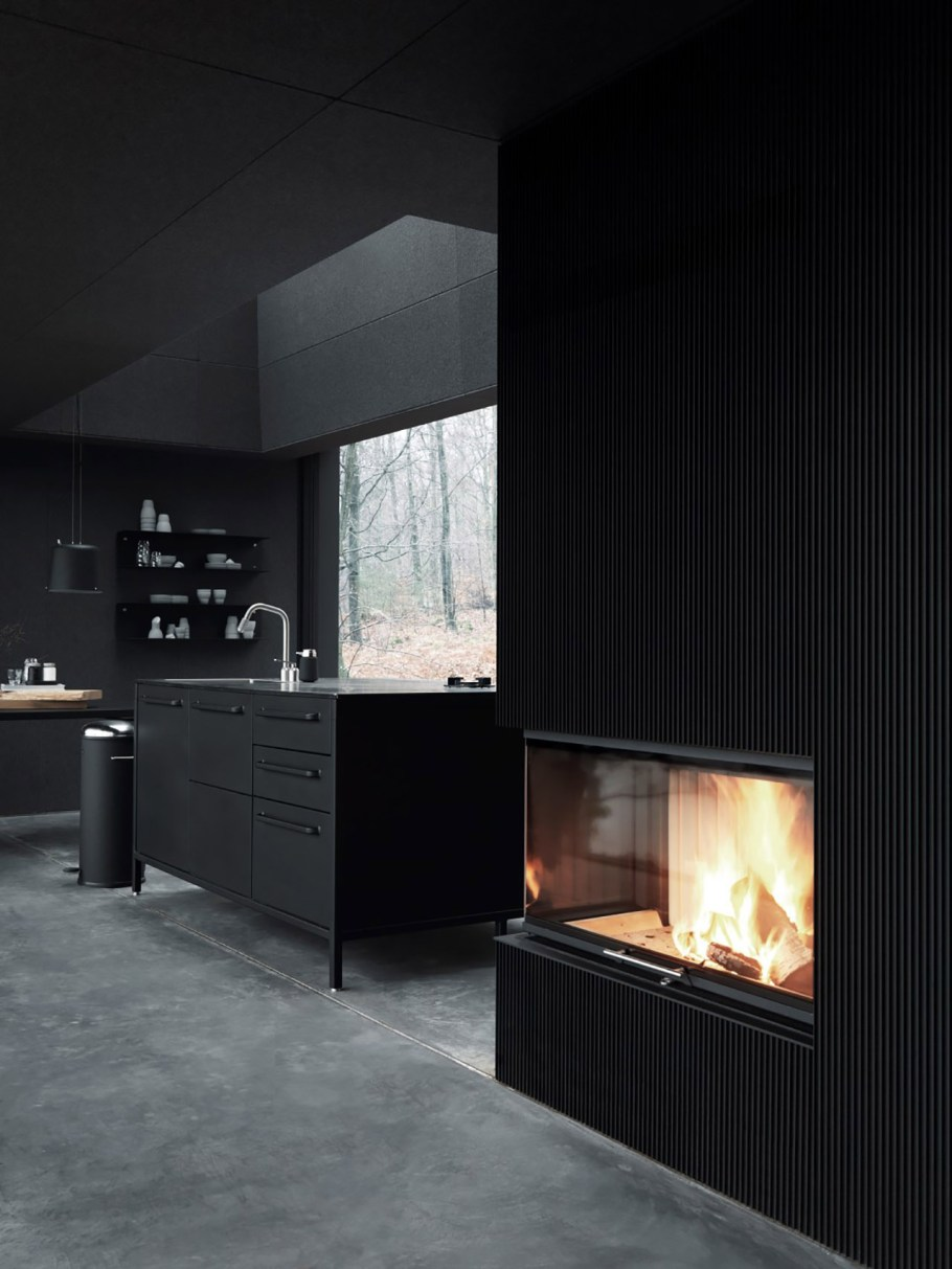 vipp-shelter-fireplace