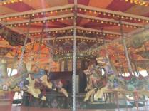 Karusell med hästar, alla hade ett namn.