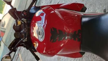 Moto Usada Yamaha Thunderace 1997 - 4