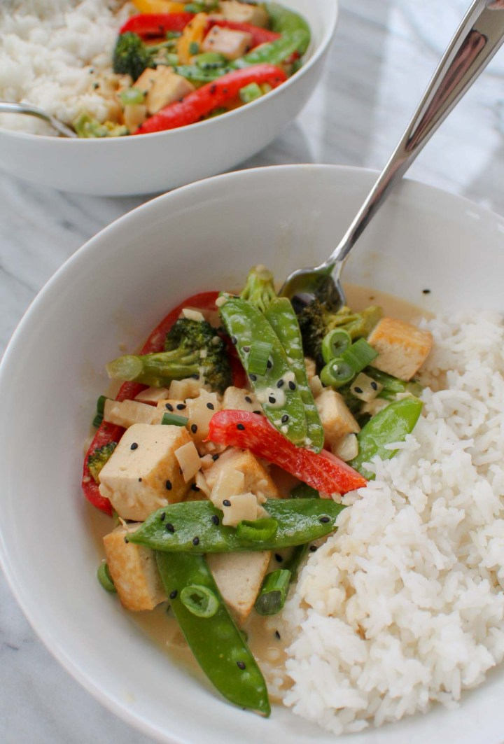 two bowls of thai coconut curry