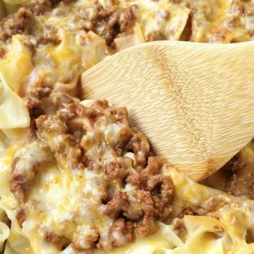 f72bdf9ebbf7c Creamy Beef Noodle Bake - Together as Family
