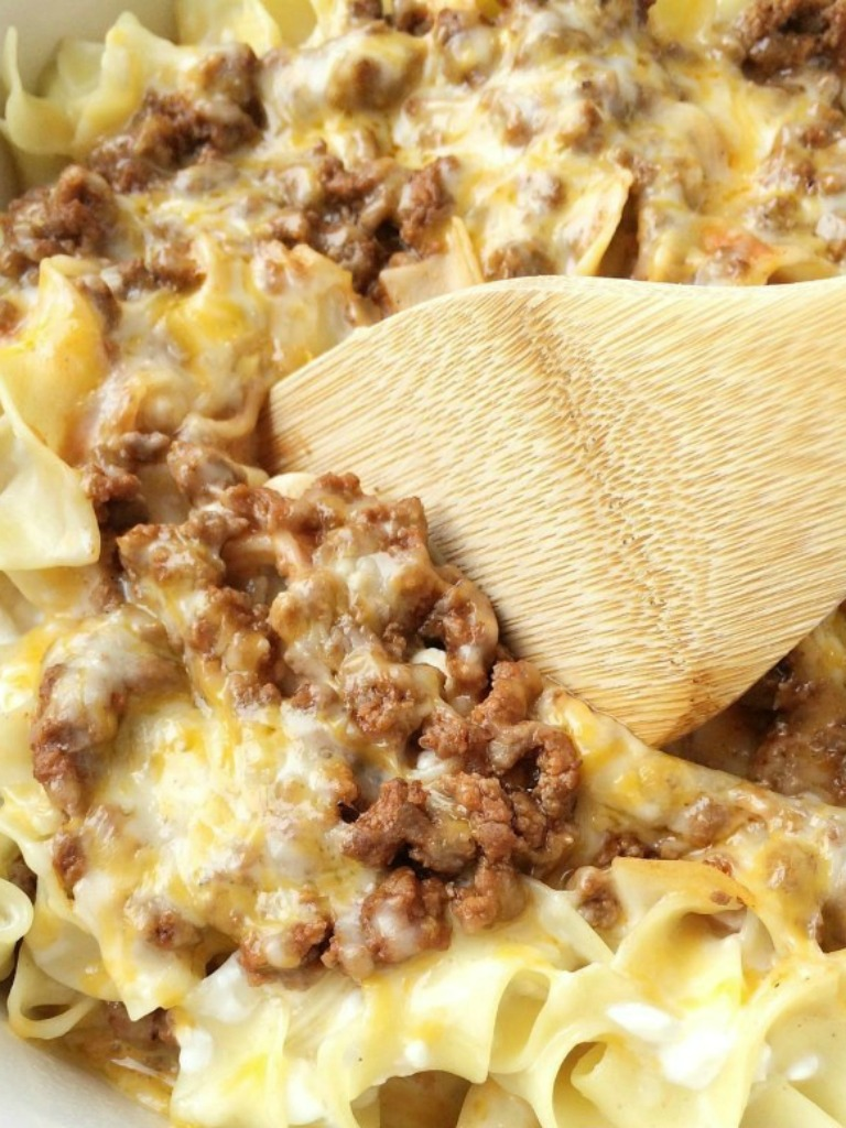 Pasta with minced meat and cheese sauce 55
