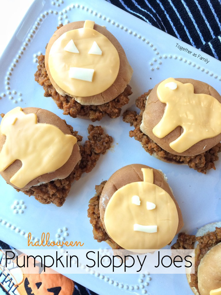 HALLOWEEN PUMPKIN SLOPPY JOES | www.togetherasfamily.com
