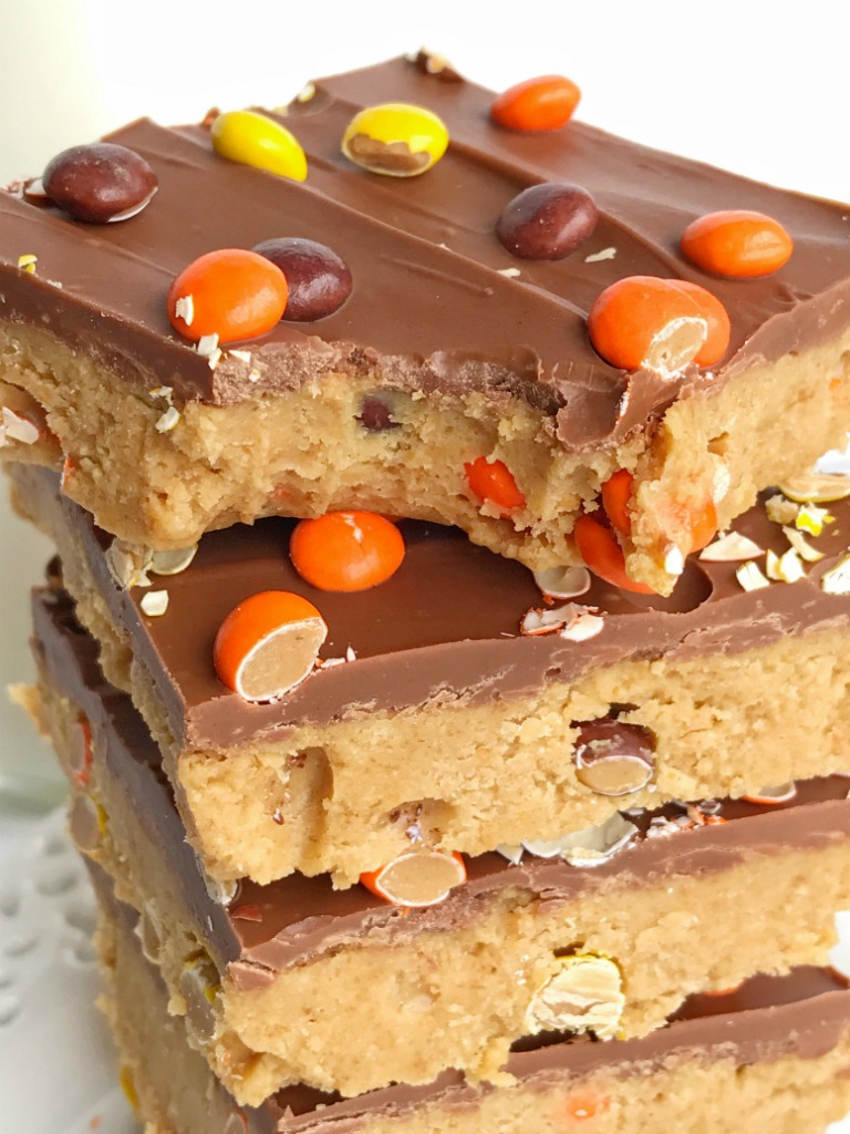 no bake} Reese\'s Pieces Peanut Butter Bars - Together as Family