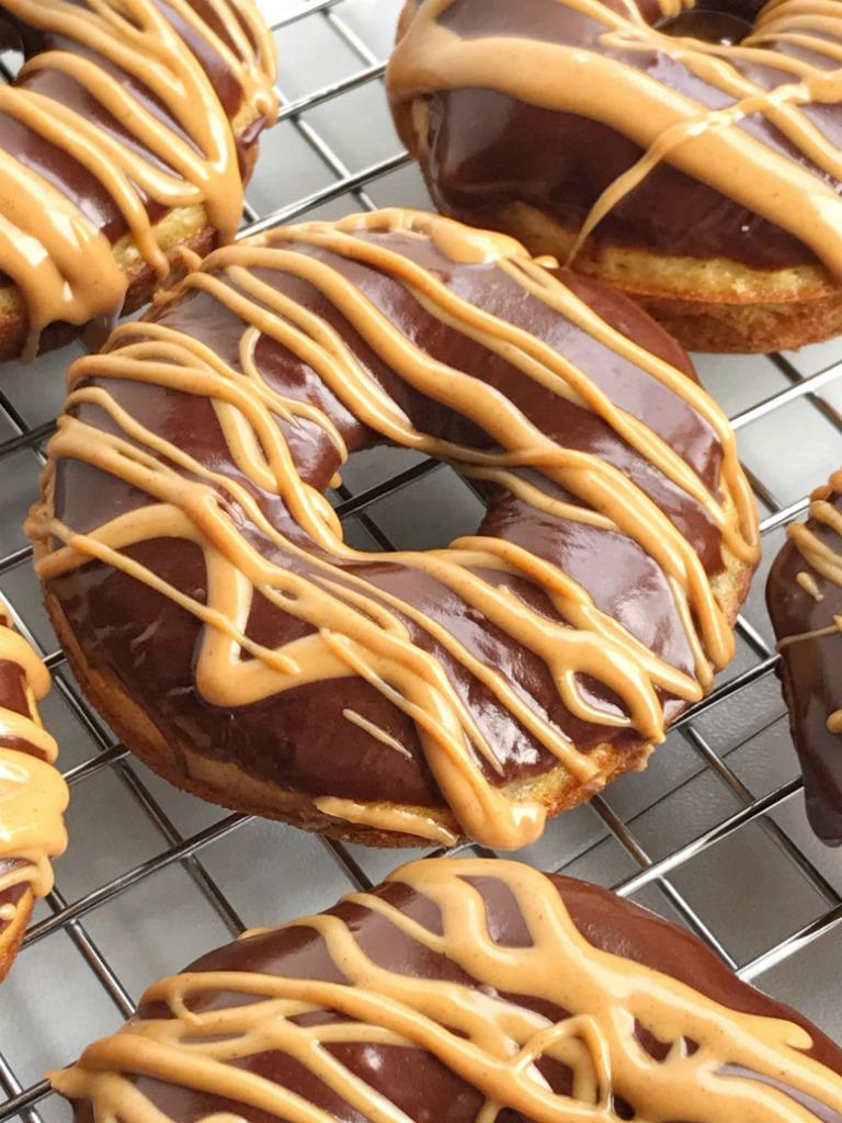 Make Chocolate Peanut Butter Glaze