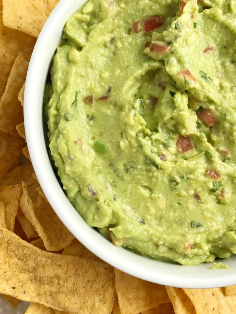 How to make guacamole easy with salsa verde