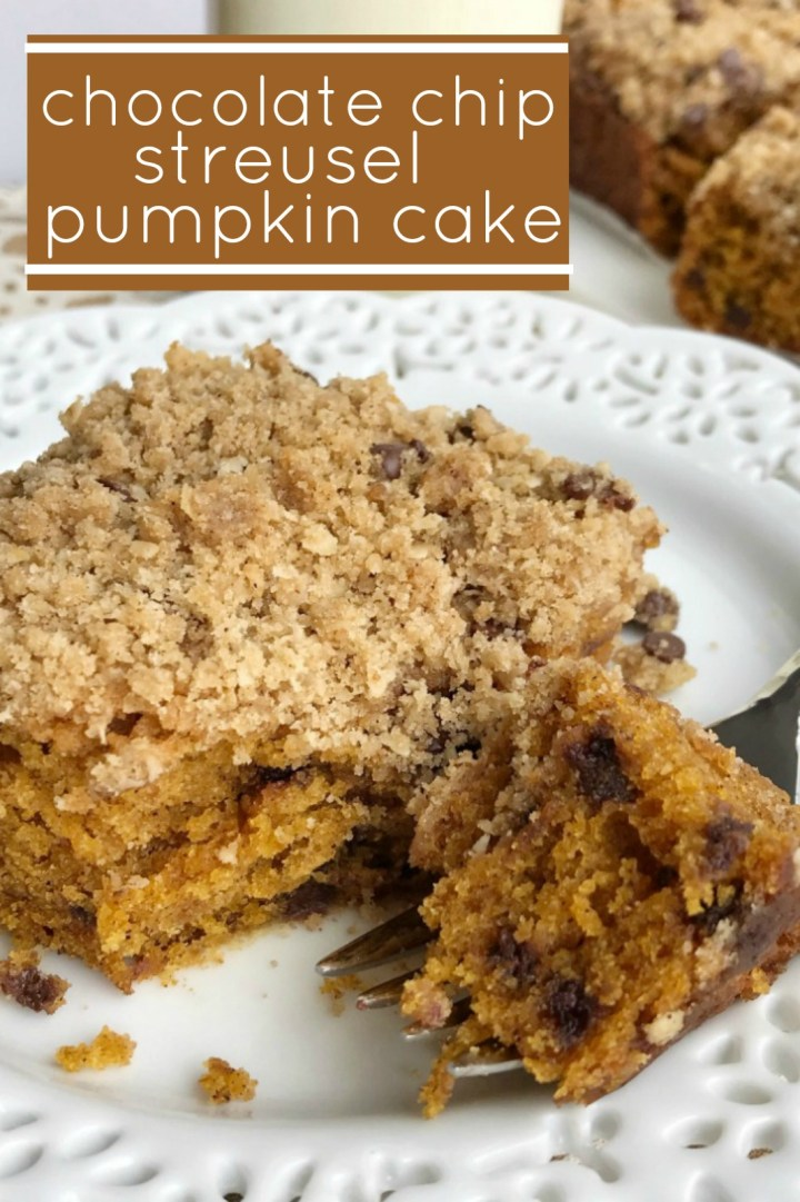 Chocolate Chip Streusel Pumpkin Cake | Chocolate Chip Pumpkin Cake | Pumpkin Recipes | The best pumpkin cake studded with chocolate chips and topped with a crumbly, sweet streusel topping. This chocolate chip streusel pumpkin cake is a fun twist to traditional pumpkin cake and oh so good! #pumpkinrecipes #pumpkin #cake #fallbaking #recipeoftheday #pumpkincake