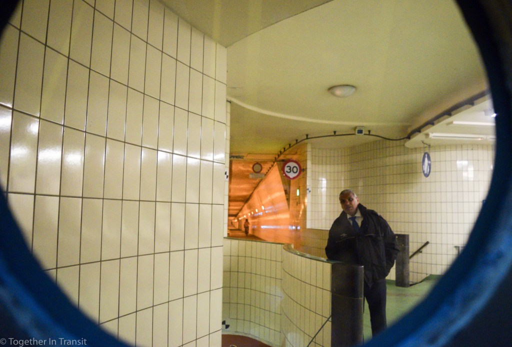 Maastunnel tour security guard looking through the window