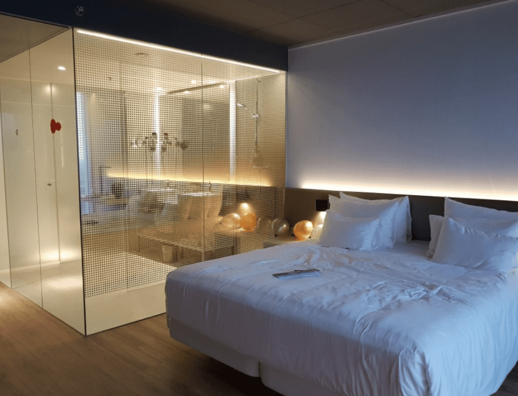 Where to stay in Rotterdam - NHOW Rotterdam bedroom