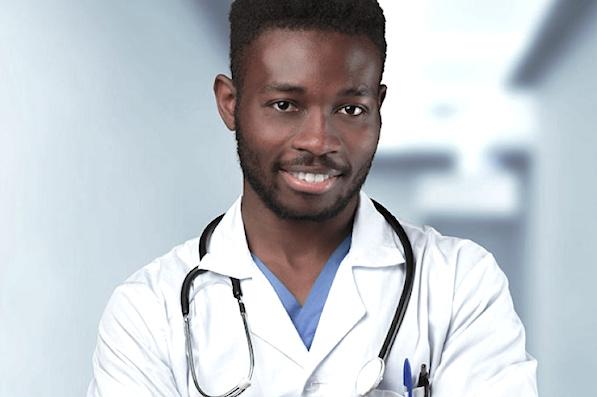 Plus de 1000 nouveaux agents renforcent les effectifs du personnel de santé