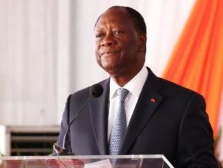 wattasco Zimbabwé: Alassane Ouattara invite Mugabé à quitter le pouvoir [Vidéo]