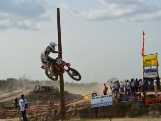 motocross Ok Togo Moto Cross: Mouvy Daryl remporte la compétition