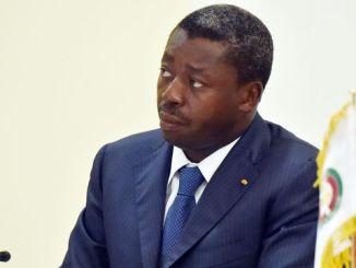 le president togolais faure gnassingbe a lome le 28 avril 2015 5329509