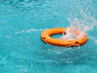 securiser piscine Drame: un étudiant jardinier mort noyé dans une piscine à Wuiti