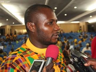 Dr Gada Folly People: un député de UFC en concert au palais des congrès de Lomé