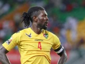 adébayor 1 Éperviers: Emmanuel Adébayor fait des confidences sur ses sombres années