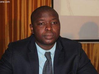 Stephane Akaya Ministère de l'Economie: Stephan Akaya prend fonction
