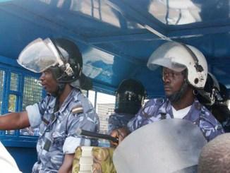Police forces de securite Dernière minute: grosse saisie d'effets militaires à Lomé par les forces de sécurité