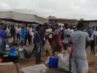 Mouvements dhumeur au Port ca chauffe a TP 3 Video Mouvements d'humeur au Port : ça chauffe à TP-3 (Vidéo)