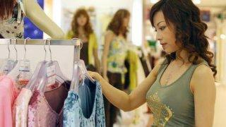 ネット通販で服を選ぶ際のイメージの合わせ方