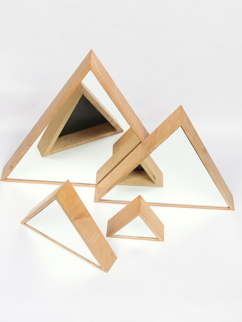 triangle mirrors / Marvin Freitas
