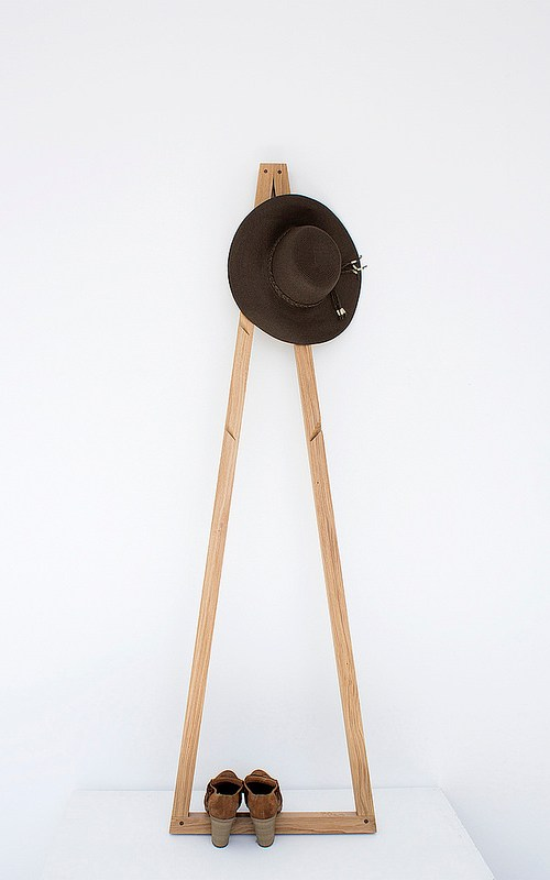 Pendura coat stand / Galula studio