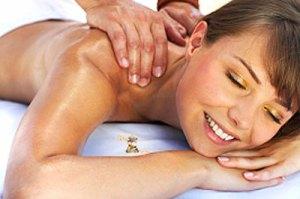 Schulter Nacken Wellness zur Lockerung bei Muskelverspannungen Tok-Sen Wien 1030 tok_sen_klassische_energetic_thai_massage_wien_schultern_nackenmassage_muskelverspannung