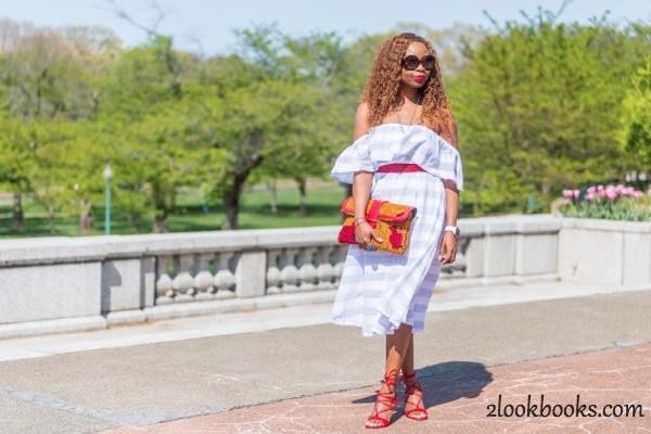 Off the Shoulder Striped Dress8