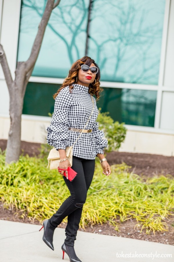 cute-thanksgiving-outfit-jeans-shein-black-white-gingham-puff-sleeve-blouse