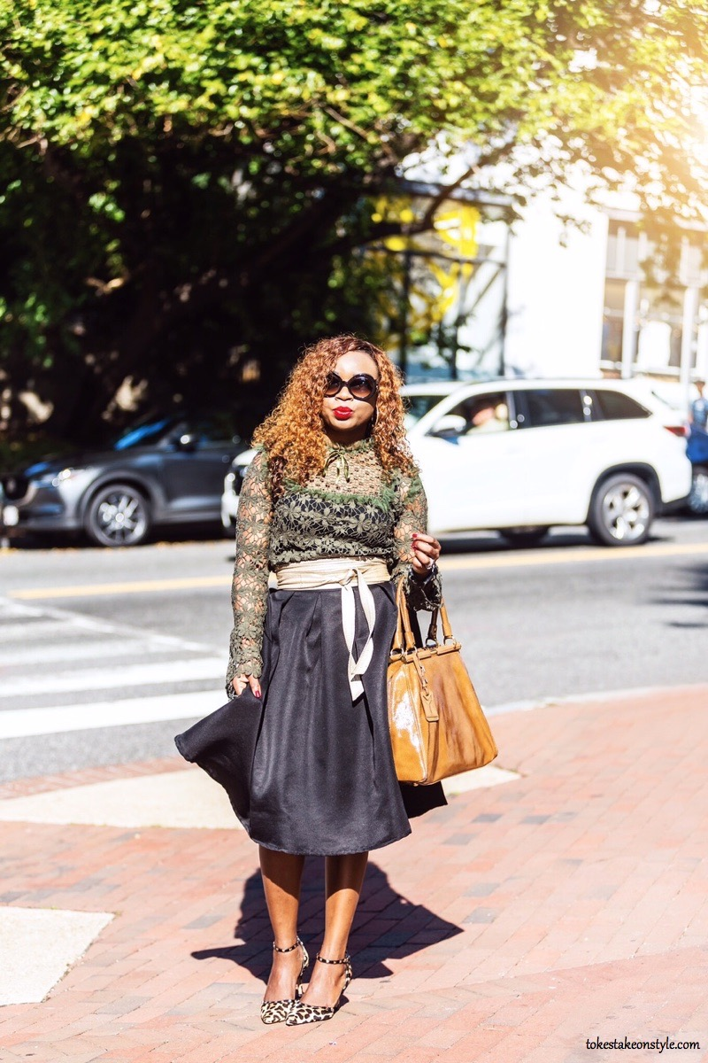 Style blogger on street in fall outfit