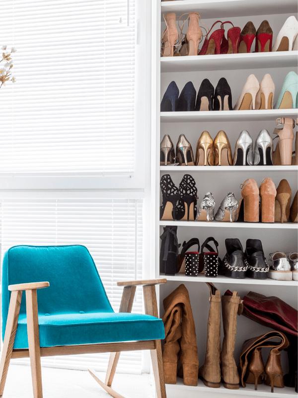 tokestakeonstyle-how-to-organize-your-closet-shoe-shelf