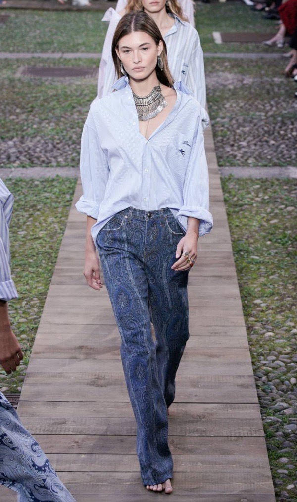 wearable-summer-2020-fashion-trends-Etro-button-down-shirt