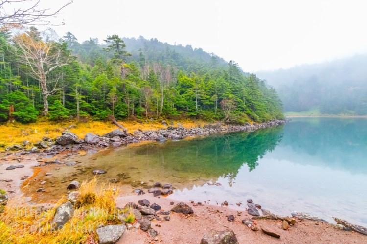 北八ヶ岳・双子池の紅葉