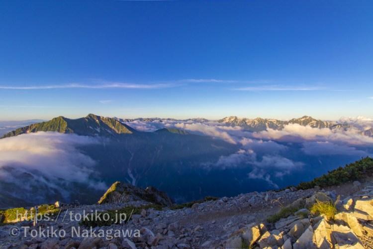 五竜岳山頂から見る鹿島槍ヶ岳・立山・劔岳