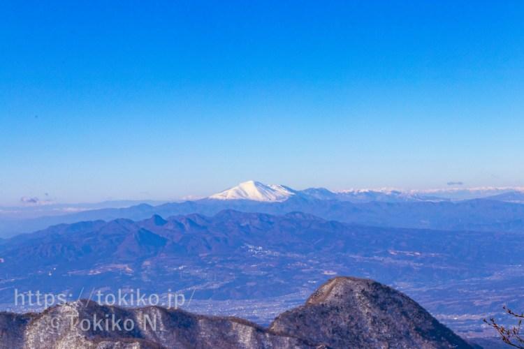 赤城山・黒檜山山頂から見た浅間山