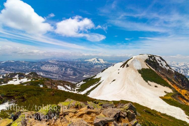 燧ヶ岳から見る尾瀬ヶ原と至仏山