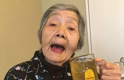 不二子 パチンコライター 80歳