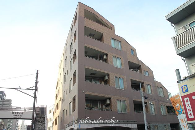 ディナ・スカーラ常盤台(Dina Scala TOKIWADAI)は、東武東上線「ときわ台駅」南口 徒歩5分の場所にある地上6階建、総戸数24戸のマンションです。