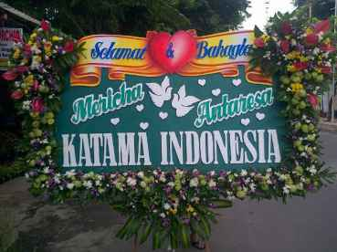 Pesan Karangan Bunga Duka Cita Surabaya - 08123.5931.288