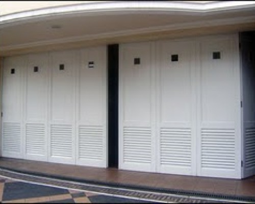 Wina pintu garasi besi