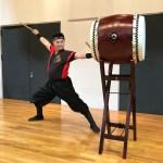 年配男性武道会演舞での単発マンツー和太鼓演奏指導