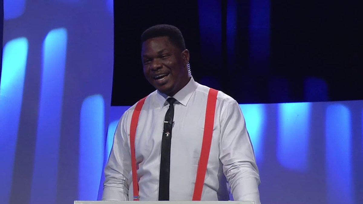Watch how Chinedu Mgbemena Answers 19 questions in 60 seconds on #Cowbellpedia